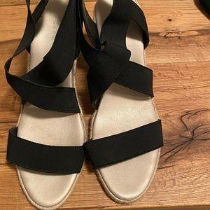 Sanders sandals size 40 worn twice